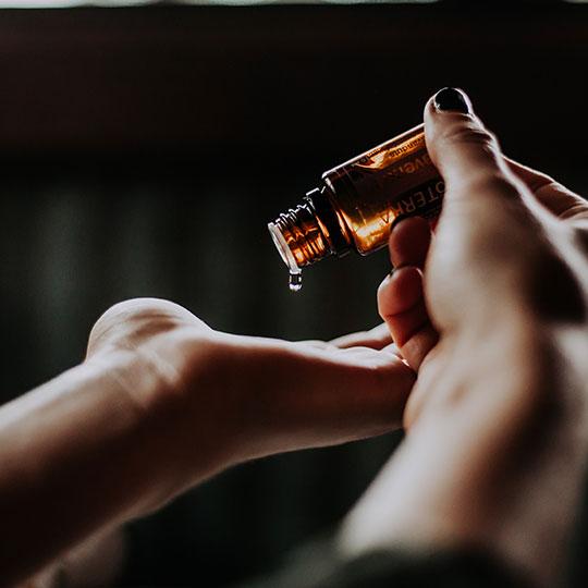 Kit Fillers – hair oils to keep sleek'n'chic