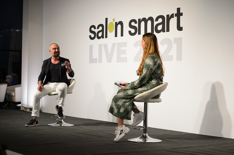 Andrew Barton from Headmasters and Dorothy Constantino from Treatwell on stage at Salon Smart Live 2021