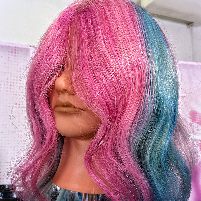 A pink and blue pinwheel colour look by Heffy Wheeler created at Pulp Riot Fest 2021