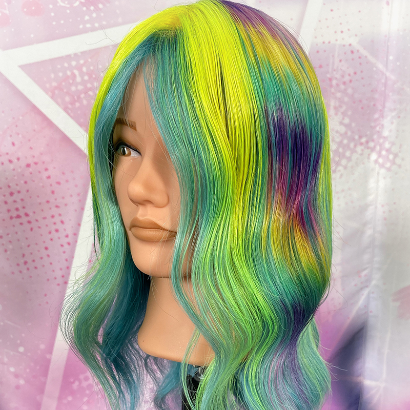 A rainbow holographic colour look by Pedro Plastic created at Pulp Riot Fest 2021